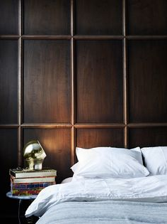 (Ready For Bed) Love the wooden wall