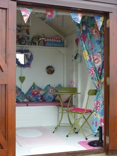 My beach hut Beach Hut Shed, Beach Hut Decor, Beach Huts, Beach Hut Interior, Shed Interior, Small Summer House, Summer Houses, She Shed Decorating Ideas, Allotment Shed