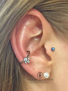 We pierced Taylor's conch a little over a year ago. She has healed wonderfully and stopped in to have us put in this @anatometal captive ring with a cute little CZ cluster.Thanks so much, Taylor!@vaughnbodyartsMonterey, CA