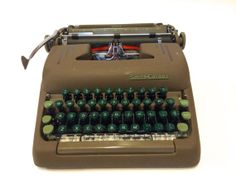 1950s Vintage Smith-Corona Silent Manual Typewriter
