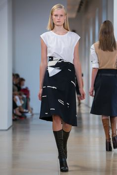 A look from the Jil Sander Spring 2015 RTW collection.
