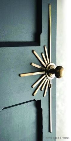Description Sunburst lever handle is the latest addition to our Art Deco collection. The Sunburst lever handle is shown here cast in brass and finished with a semi aged patina. Handles are unsprung can be supplied with or without the escutcheon detail. Home Design, New Door Design, Diy Interior, Interior Design, Interior Colors, Art Deco Interior Bedroom, Interior Door Knobs, Interior Modern, Modern Luxury