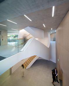 Edificio Investcorp / Zaha Hadid Architects