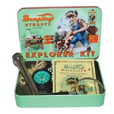 Inside this tin is a battery free vintage style dynamo plastic torch, magnifying glass, metal compass, string with knot-guide and notebook and pencil. (please note torch is plastic and not metal) Packaged in a white cardboard box. Suitable for children aged 6+
