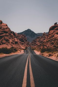 "The post ""Road trips are the true adventure. Get tips for US & Canada routes and wildcamping spots in Europe at PASSENGER X. Valley of Fire State Park, USA photo by Jake Blucker"" appeared first on Pink Unicorn Bilder Aesthetic Backgrounds, Aesthetic Iphone Wallpaper, Aesthetic Wallpapers, Wild Campen, Nature Photography, Travel Photography, Photography Business, Photography Studios, White Photography"