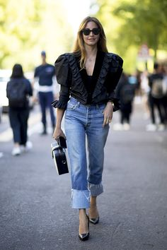 milan fashion week street style spring 2018 black voluminous shirt straight leg jeans pumps