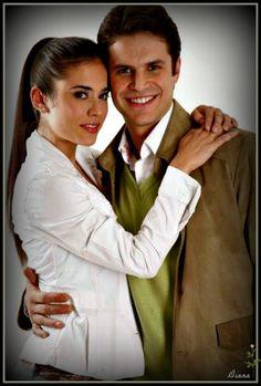 Mark Ther y Carolina Ramírez en La Hija del Mariachi