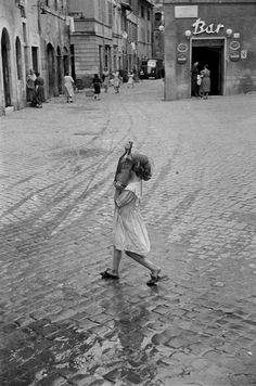 "m3zzaluna: ""rome, 1952 photo by henri cartier-bresson/ magnum photos """
