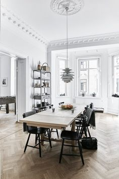 A Careful Renovation of a 19th-Century Flat in Gothenburg Brings it Back to Life