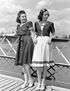 sailor suit fashion for women, vintage sailor dress 1940s Fashion Dresses, 1940s Outfits, Vintage Outfits, 1940s Dresses, Vintage Dresses, Vintage Fashion, Dress Fashion, Cotton Dresses, Emo Outfits