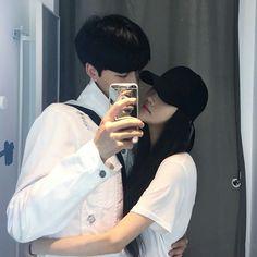 A r y a // elegant romance, cute couple, relationship goals, prom, kiss Cute Relationship Goals, Cute Relationships, Couple Relationship, Ulzzang Couple, Ulzzang Girl, Cute Korean, Korean Girl, Couple Look, Flipagram
