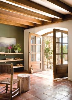 33 Ideas For Kitchen Green Rustic Color Palettes Spanish Style Homes, Spanish House, Terracotta Floor, Kitchen Wall Colors, Kitchen Tiles, Rustic Colors, Mediterranean Decor, Floor Colors, New Homes