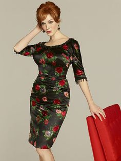 Mad Men Style: 5 Tricks to Maximize Your Curves a la Joan Holloway http://www.ivillage.com/mad-men-style-dress-joan-holloway/5-b-107451