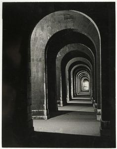 Le Viaduc d'Auteuil la nuit (Brassaï, 1932)