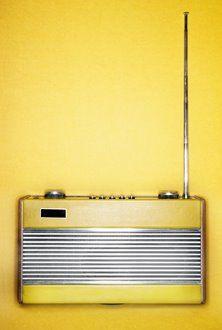 We'll be needing this vintage radio ASAP.