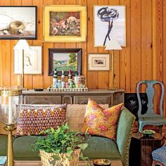 "The 2015 Charlottesville Idea House: ""Don't buy the art that's in vogue; buy what interests you. Get what catches your eye at the antiques shop down the road,"" says Designer Bunny Williams."