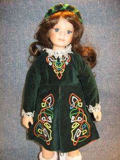 """Royalton 1998 """"Colleen"""" Doll. 17"""" Porcelain Irish Girl. HTF Rare BRUNETTE Model!"""