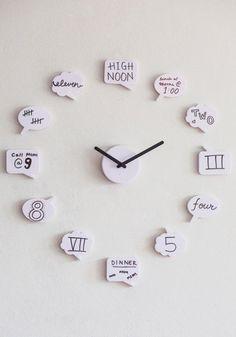 最近は安くてデザイン性が高い時計もかなり増えましたよね!でも、「もっとこだわりのあるデザインがいい」だったり「他にはない自分だけ時計が欲しい」なんて思ったことはありませんか?実はあまりお金をかけなくてもアイディア溢れる時計は作ることができちゃうんです!家族で作ってみてもおもしろい時計のDIYアイディアをご紹介します。
