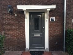 House Front Door, House With Porch, Back Doors, Porches, Holland, Garage Doors, New Homes, Home And Garden, Houses