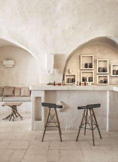 Masseria Le Carrube, An old farm transformed into a charming hotel Interior Architecture, Interior And Exterior, Interior Design, Architecture Details, Casa Hotel, Beton Design, Mediterranean Decor, Brainstorm, Natural Living