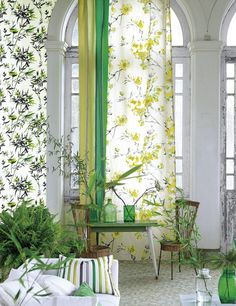 Designers Guild Bamboo wallpaper - greens - for your Sun Room? Bamboo Wallpaper, House Design, White Glitter Wallpaper, Room Wallpaper, Vinyl Wallpaper Living Room, Living Room Vinyl, Best Living Room Wallpaper, Designers Guild, Green Home Decor