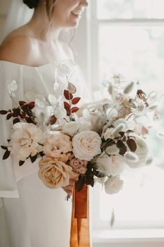 Dried Lunaria, Grasses and garden roses. Soft neutrals Fall bouquet Bleedfoot Florals