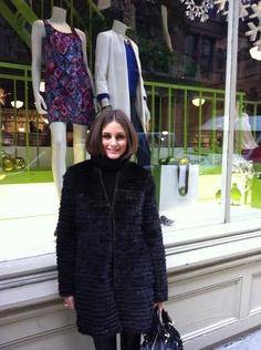 Olivia Palermo | Piperlime window | CH Carolina Herrera coat