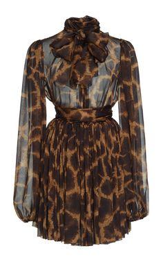 Animal Print Silk Mini Dress by Dolce & Gabbana Stylish Dresses, Casual Dresses, Short Dresses, Blue Dresses, Classy Outfits, Stylish Outfits, Pretty Dresses, Beautiful Dresses, Dress Outfits