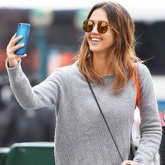 Jessica Alba wearing Sunday Somewhere round sunglasses.  Buy #sunglasses in Optica del Bulevard at Pedralbes Centre, Barcelona
