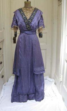 1910 Blue Dress