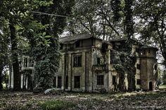 HDR Mansion