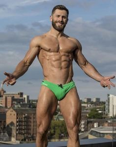 The question that gets millions of men worried; Muscle Hunks, Muscle Men, Guys In Speedos, Hommes Sexy, Mature Men, Male Physique, Guy Pictures, Attractive Men, Male Beauty