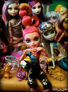 monster high dolls | Tumblr