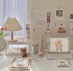 Room Design Bedroom, Room Ideas Bedroom, Bedroom Decor, Desk Inspiration, Desk Inspo, Study Room Decor, Cute Room Ideas, Style Deco, Minimalist Room