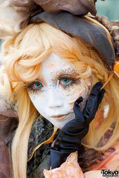 Minori's Hand Painted Shironuri Make-up