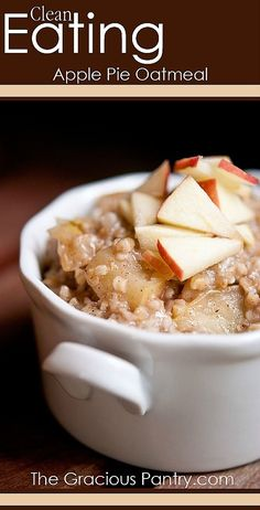Clean Eating Apple Pie Oatmeal (Makes 2 servings) Ingredients cup steel cut oats 2 cups water 1 cup chopped apples (approximately 1 small apple) tsp. allspice Honey to taste yummy drinks Heart Healthy Recipes, Clean Eating Recipes, Real Food Recipes, Healthy Snacks, Healthy Eating, Cooking Recipes, Yummy Food, Delicious Recipes, Healthy Heart
