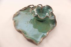 Pottery Leaf Serving Platter Set, Chip and Dip Set, Leaf Plate, Appetizer Plate, Snack Plate, Hors doeuvre Platter My leaf platters, bowls, and dishes are both functional and works of art. This is a great gift for a friend, family member, treat for yourself, given as a wedding or