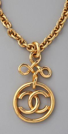 Vintage CHANEL Necklace                                                                                                               ➰ǂ̭̗̊͌h͍͂೯̬̬̋͂.Ⓐ̻̻ʗ͈̎ꌓ̲̯̥༣̖́ṩଌ̑̊ჲ̲̥̗Я͛í͙ჱs͗͑.S͖͠h̸Ȏ̲̭̐p̪̊➰