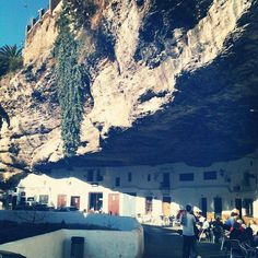 Interesting place to visit, though not sure I could sleep soundly there.  The town of Setenil de las Bodegas, Spain