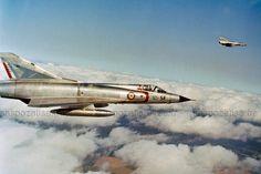 """Dassault """"Mirage III C"""" in flight Aviation Civile, Avion Militaire, Le Mirage, Ancien, Avions De Chasse, Aéronef, Aérien, Belle Photo, Militaire"""