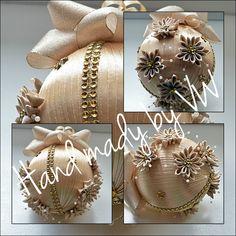 Vánoční koulička č. 2 zlatá vhodná jako solitér :: Creative ribbons