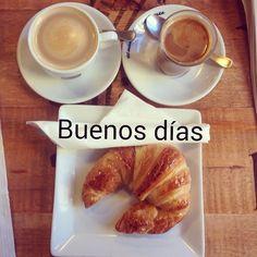 Empezamos el domingo de Ramos :) #ideassoneventos #blog #bloglovin #organizacióndeventos #comunicación #protocolo #imagenpersonal #bienestarybelleza #decoración #inspiración #bodas #buenosdías #goodmorning #sábado #saturday #happy #happyday #felizdía #weekend #desayuno #breakfast #ricorico #ñamñam #cafés #croissant #instafood #buenosmomentos #buenacompañía #placeresdefindesemana