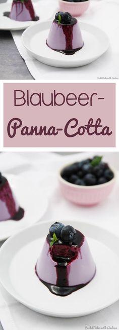 Das perfekte Sommerdessert: Blaubeer-Panna-Cotta mit selbstgemachtem Blaubeersirup und Minze! Super schnell und einfach und kann z.B. auch mit anderen Beeren oder Früchten wie Erdbeeren, Himbeere oder auch Kirschen zubereitet werden. Auf dem Blog von Cook and Bake with Andrea findet ihr dieses und weitere tolle Rezepte für (vegane/exotische) Panna Cotta.