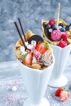 Crepes And Waffles, Pancakes, Bubble Waffle, Sweet Cones, Thermomix Desserts, Food Cravings, Hongkong, Food Truck, Finger Foods