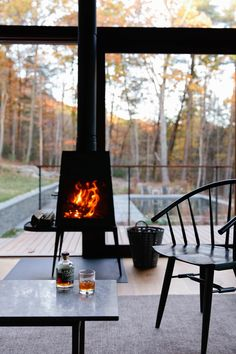 Shaker wood burning stove by Wittus – Fire by Design. An optional upgrade from the Hudson Woods development. Lang Architecture builds modern holiday homes in New York countryside Best Wood Burning Stove, Modern Wood Burning Stoves, Wood Stoves, Stove Fireplace, Fireplace Design, Fireplace Ideas, Cabin Design, House Design, Hudson Woods