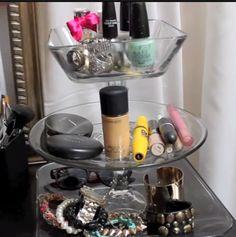 DIY Tiered Jewelry stand - under $5 super easy from LaurDIY #LaurDIY