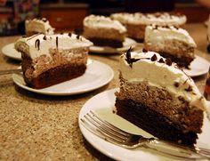 Kelli Wong Photography: Chocolate Brownie Mousse Cake