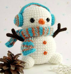 25 Crochet Christmas Ornaments [Free Patterns]