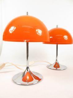 70er Wila Tulip Lampe Psychedelic Decor, Lampe Retro, 70s Aesthetic, I Love Lamp, Lighting Solutions, Art Design, Decoration, Christmas Lights, Desk Lamp
