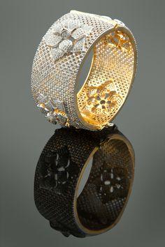 American diamonds kada in two tone plating